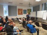 Schulung zu Thema: Übertragung aktueller Trends auf das Training in kleinen Clubs (14/16)